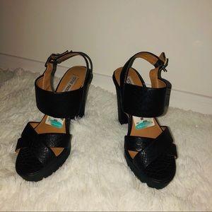 Black heels size 8.5 Steven madden